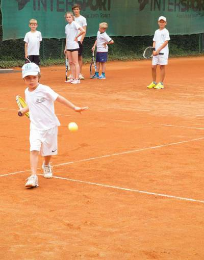 Tenniscamp_bearb_72dpi_2.jpg